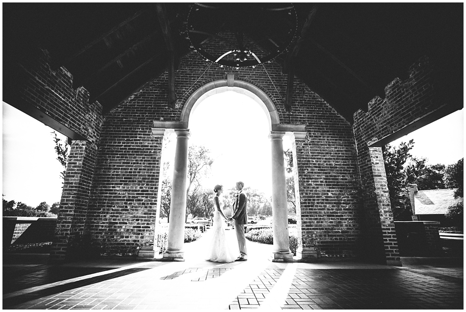 Omaha Country Club front entrance - bride and groom