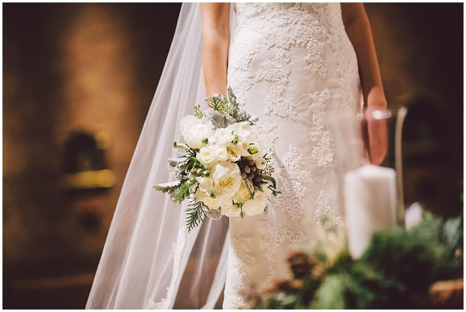 winter bridal flowers, white