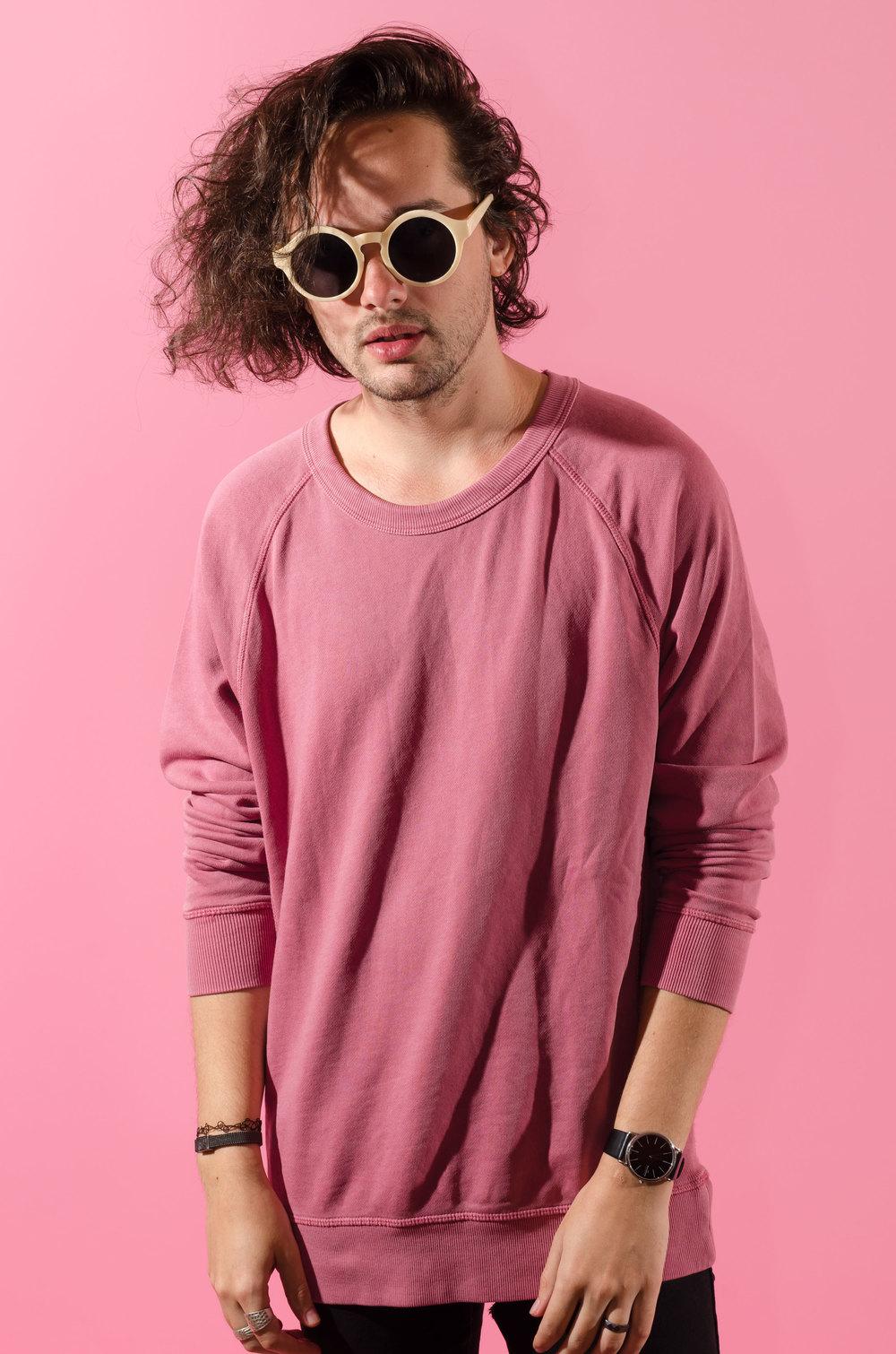 casenruiz-max-pink-2.jpg