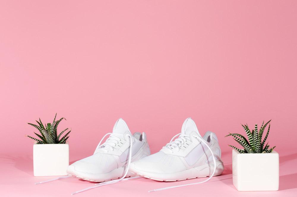 white-tubular-runners-4-casenruiz.jpg