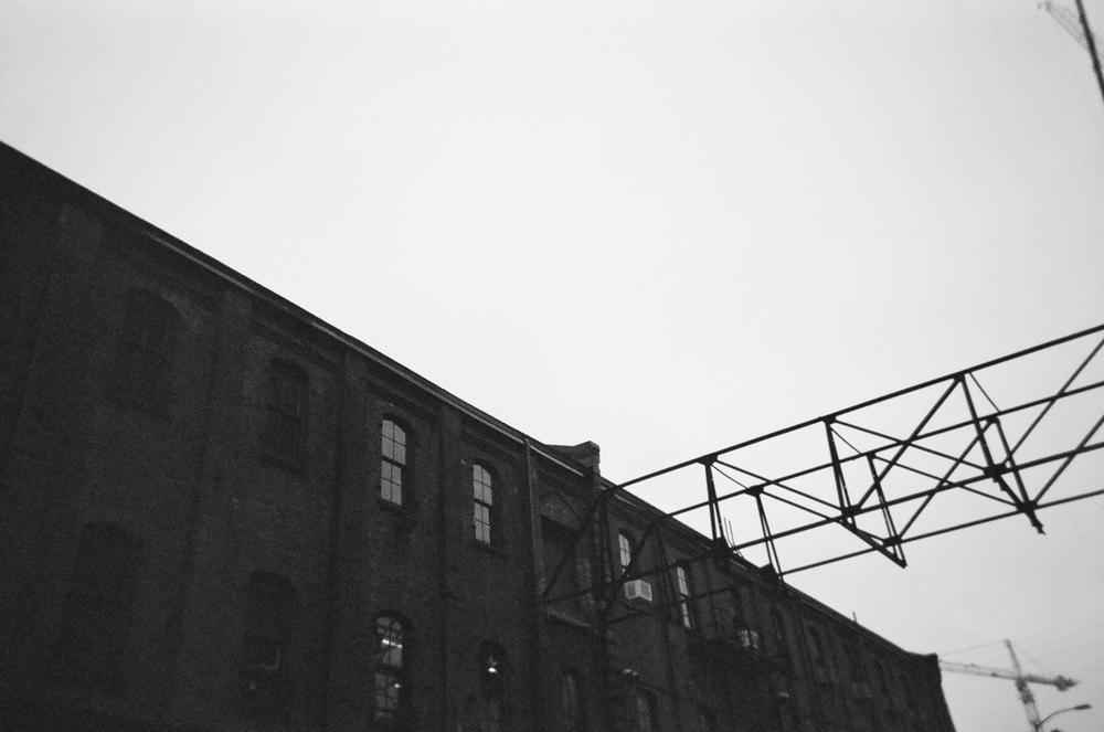 Portland-Building-bw-Film-casenruiz.jpg