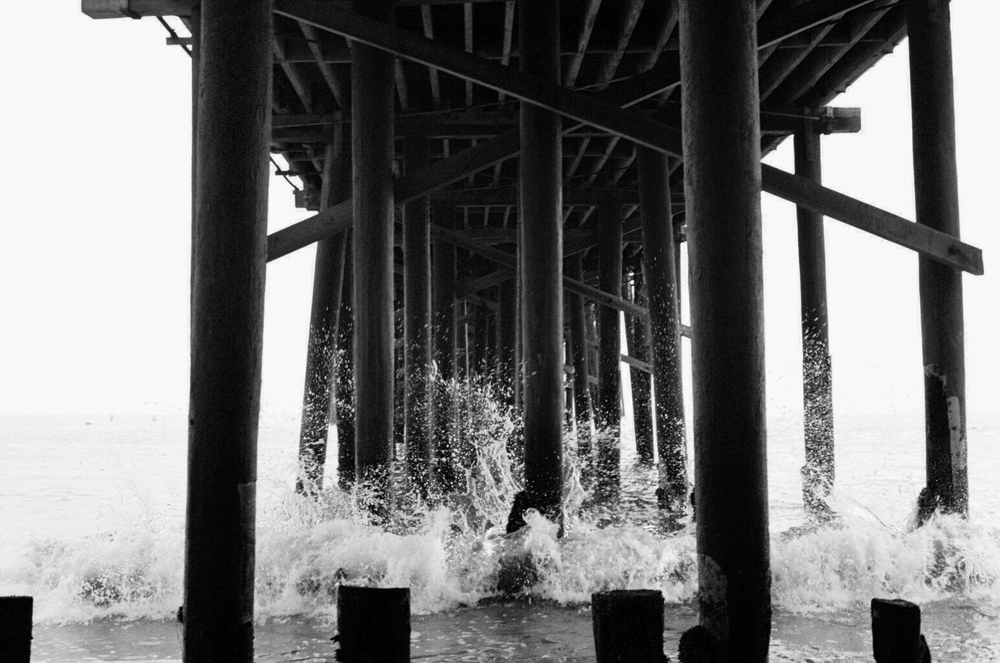 Waves-Malibu-Film-bw-casenruiz.jpg