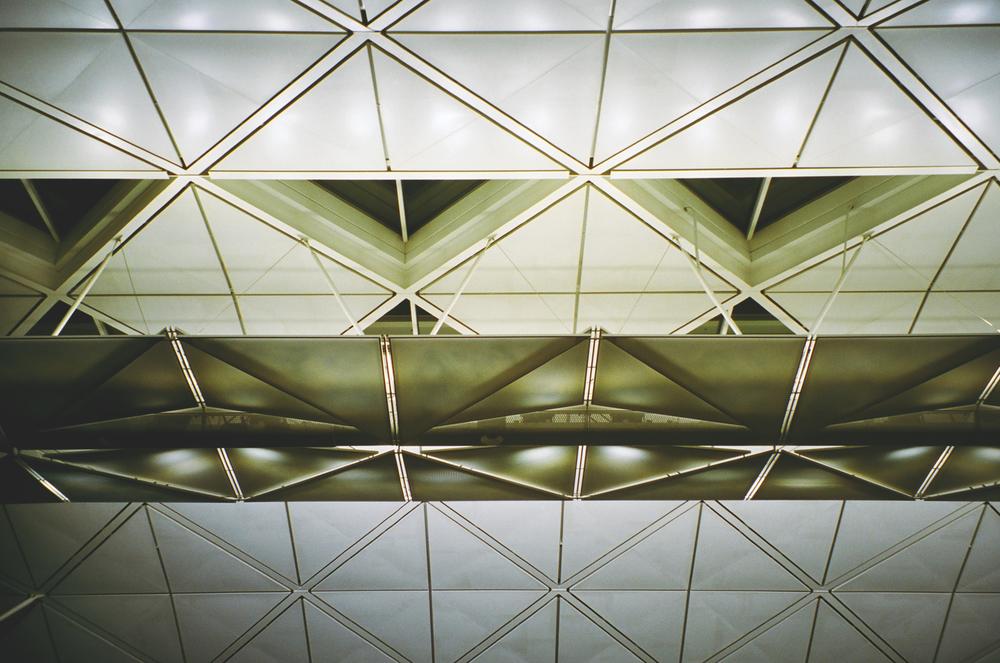 Airport-Ceiling-Film-casenruiz.jpg
