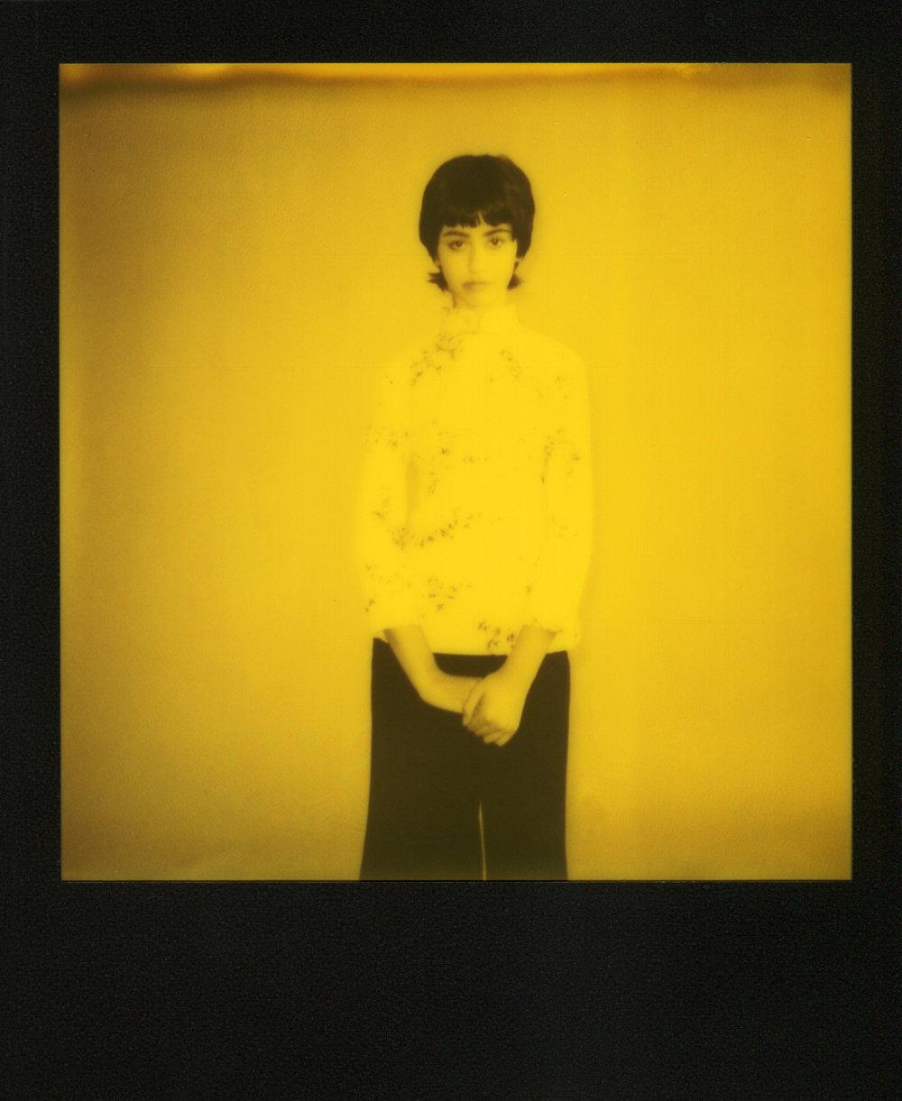 Valentina-Yellow-Polaroid-casenruiz.jpg