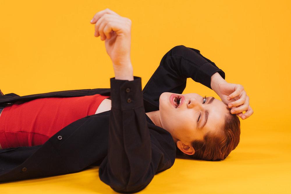 Taylor-Yellow-5-casenruiz.jpg