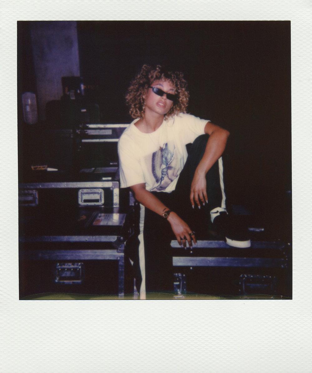 Danileigh-Polaroid-1-casenruiz.jpg