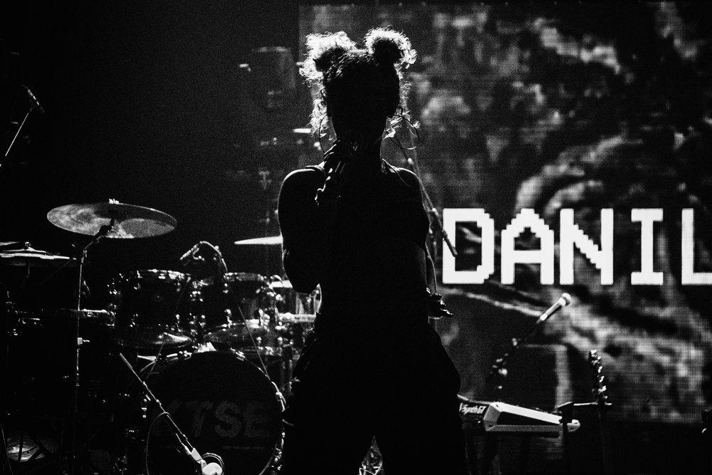 Danileigh-Show-15-bw-casenruiz.jpg