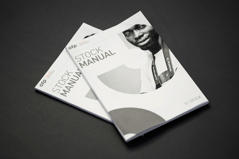 The manual is new educational material for the stock photographers at Cadre de Promotion pour la Formation en Photographie, by Commerce and Culture.