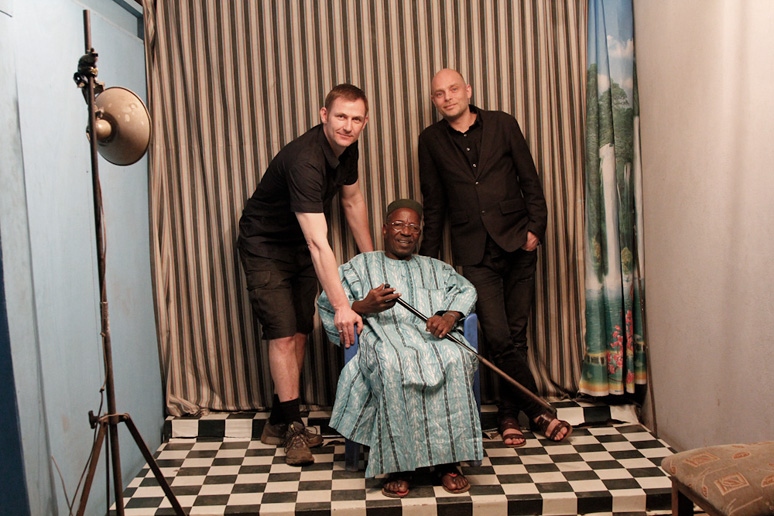 Partners Morten Nilsson and Thomas Damgaard from Commerce & Culture visit Malick Sidibe during January 2011 mission to Mali.