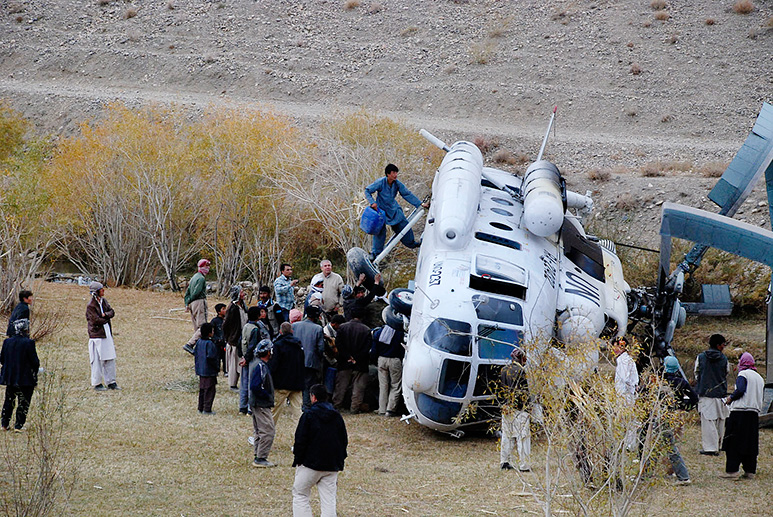 Photo of helicopter crash by Afghan photographer Zekria Gullistani. He participated in the workshop conducted by Jan Grarup and Commerce and Culture in Kabul, Afghanistan.