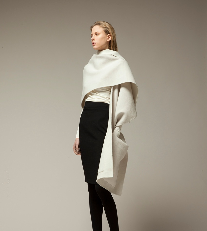 Designer : Jean-Paul Knott Photographer : Hidemi Ilzuka Model : Talis@ ULLA MODELS