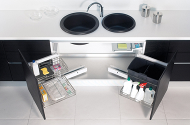 Compagnucci kitchen fittings and hardware for Pattumiera cucina design