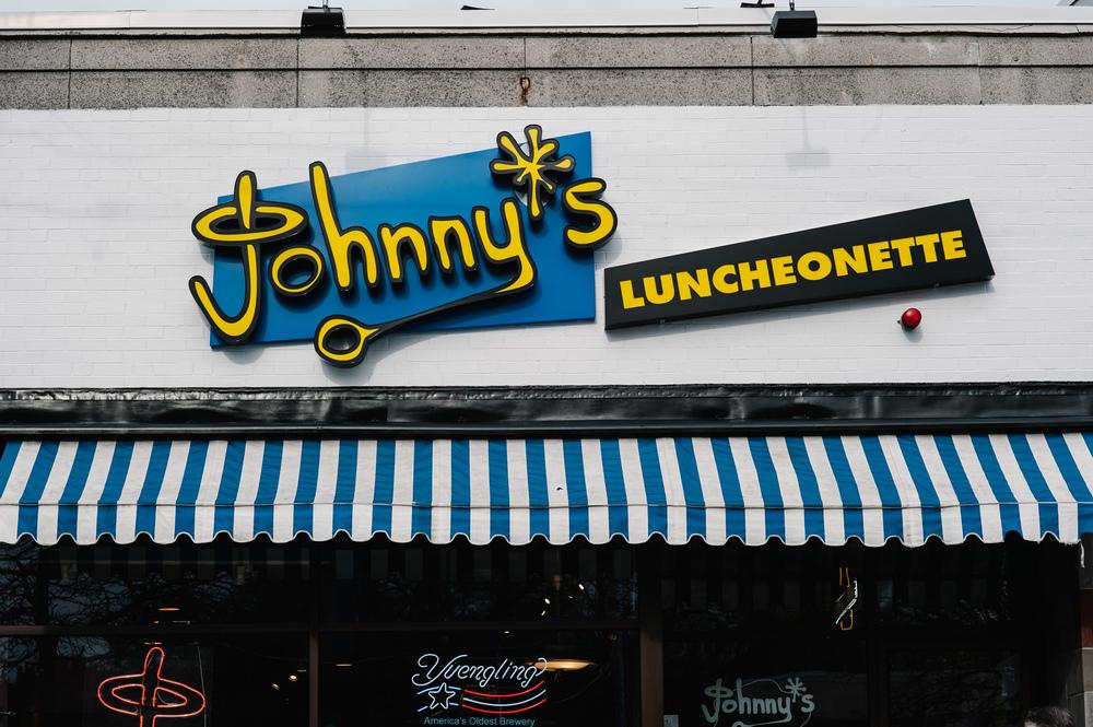 141105_JohnnysLuncheonette_002-ZF-3290-20927-1-001-001.jpg