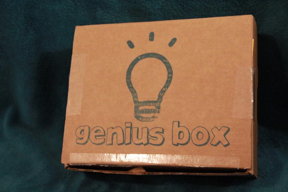 Genius Box - Box.JPG