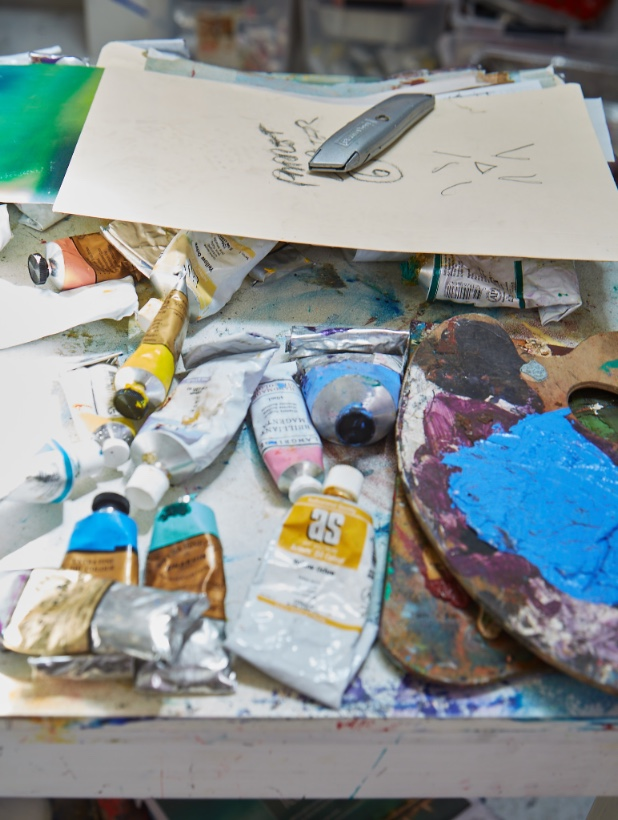PAINTS IN MICHAEL JOHNSON'S STUDIO