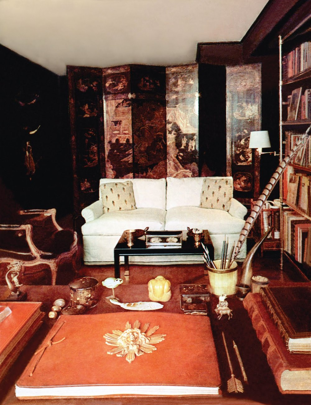 baldwins new york apartment at 106 east 61st street had a korean screen behind the cream sofa and dark walls he liked a classic lawson sofa silhouette - Billy Baldwin Interior Designer