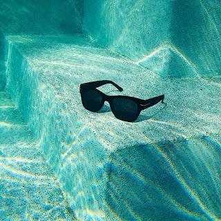 Poolside+Cooling.jpg