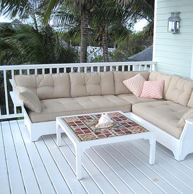 Munder+Skiles+White+L+sofa.jpg