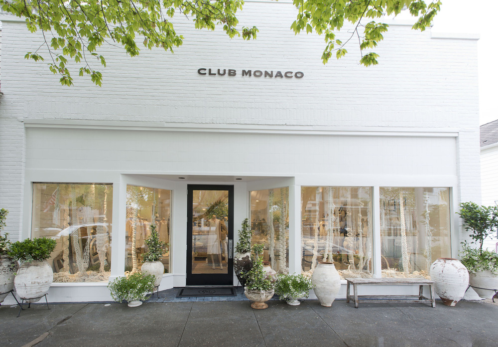 Style in store why you will want to move into club monaco for Exterior design for shops