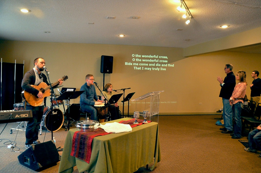 Worship-Music-Littleton-Christian-1500.jpg