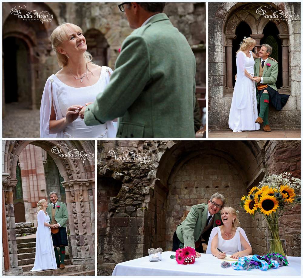 Natural Wedding Photography Dryburgh Abbey Newton St.Boswells Melrose