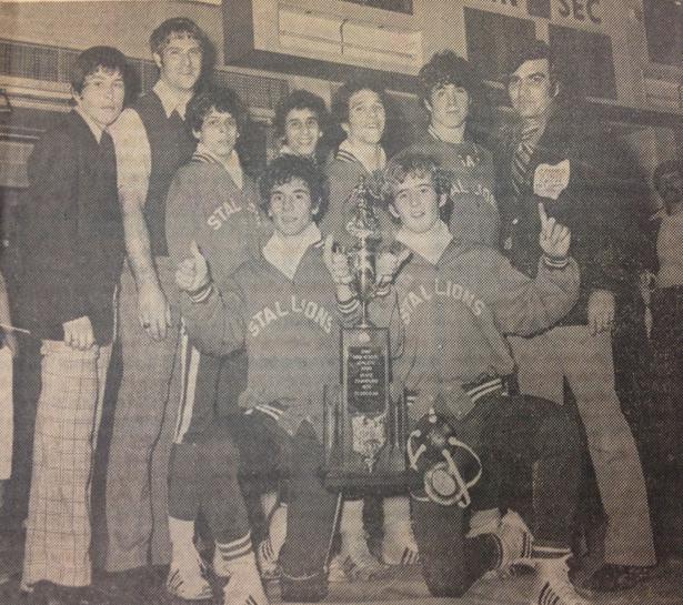 1974 Team.jpg