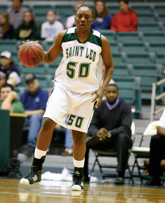 Dominique Daniels '06