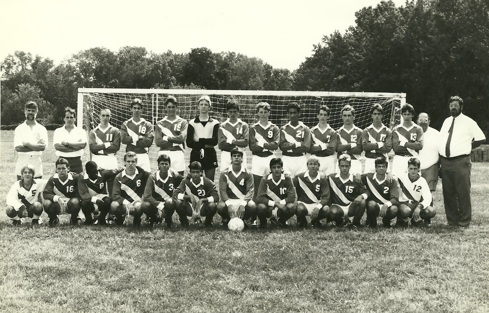 1986 Boys Soccer.jpeg