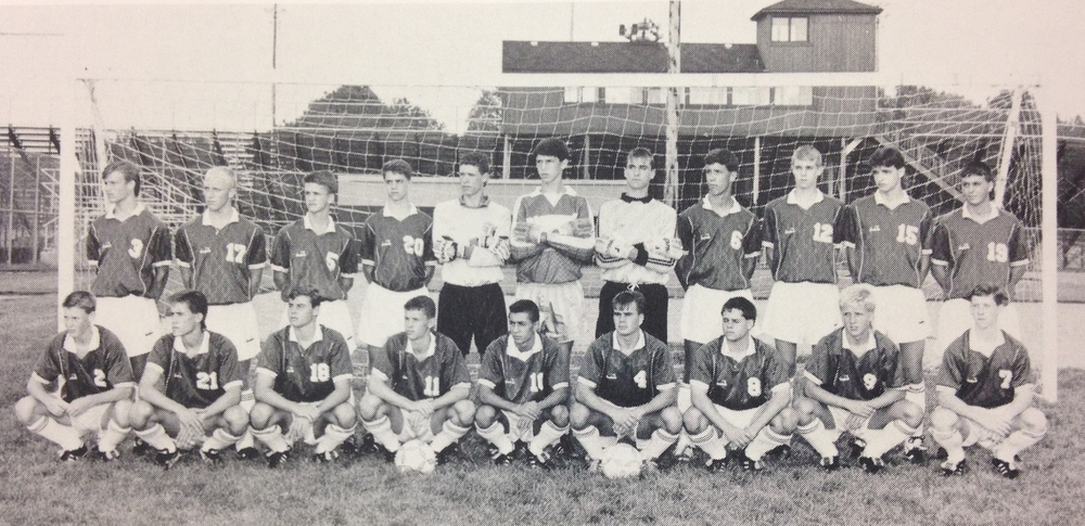 1990 Team Picture (Click on to make larger)