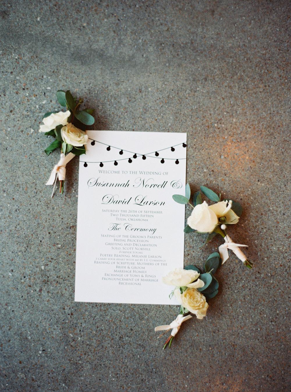 Wedding invitation - eversomething.com