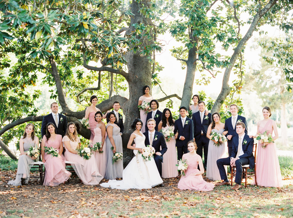 Large wedding party - Tulsa Garden Center Wedding - eversomething.com
