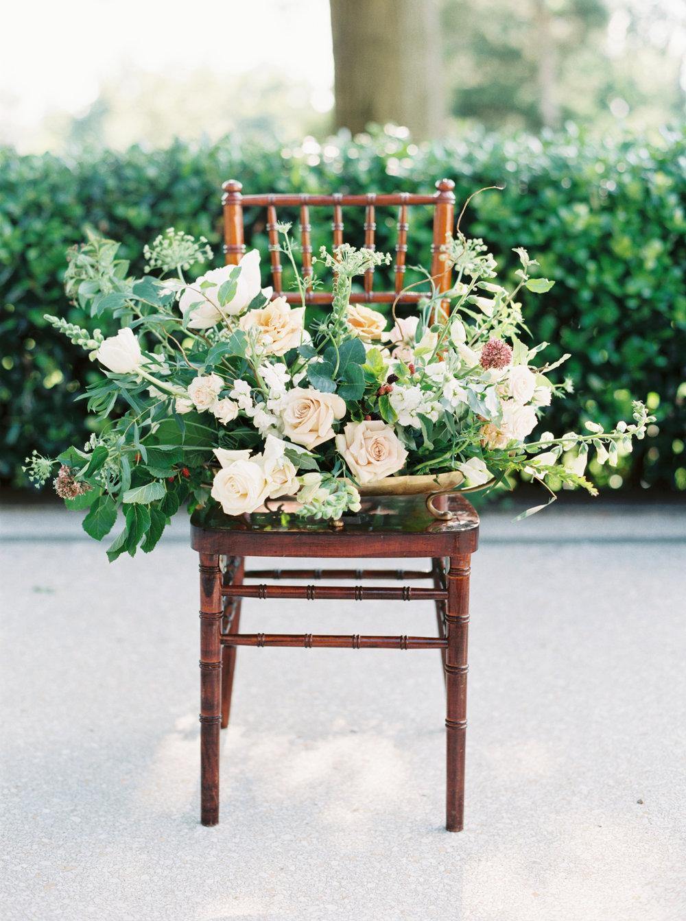 Large floral arrangement - Tulsa Garden Center Wedding - eversomething.com