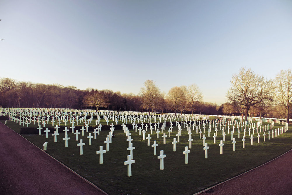 gratischurch-memorial-day-graves.jpg
