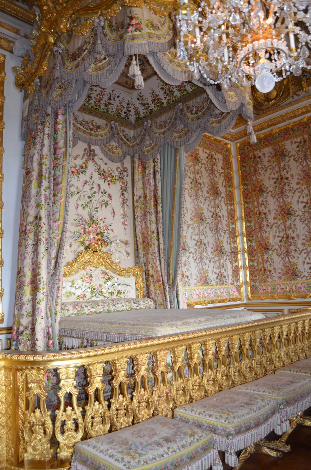 Marie's original bedding