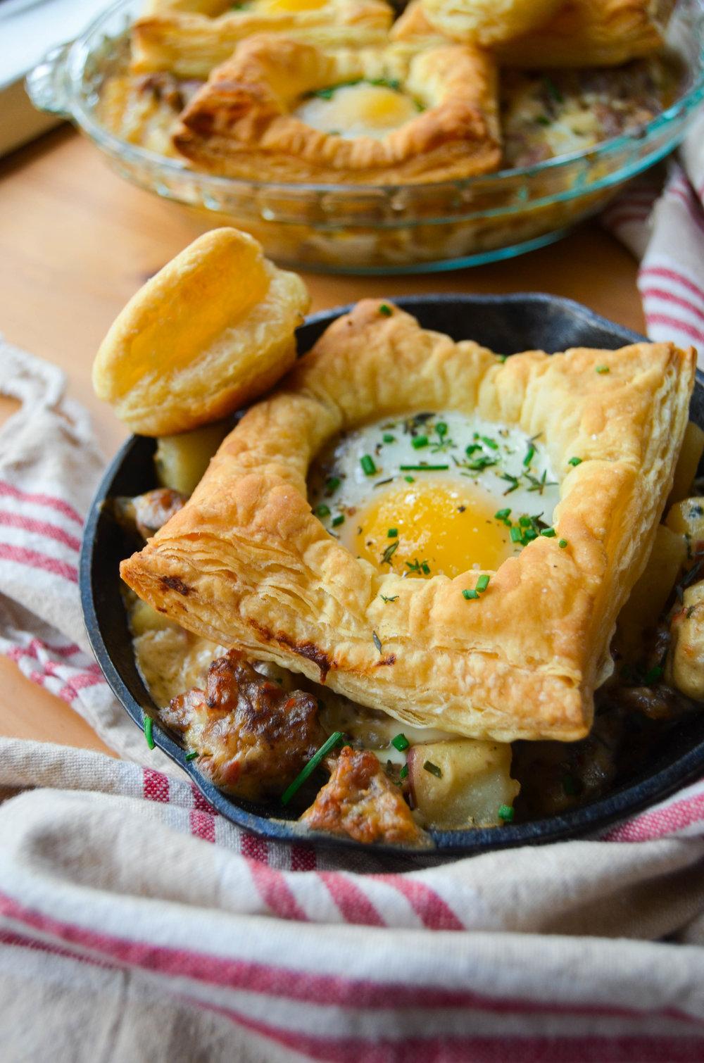 Egg-in-a-hole Breakfast Skillet -1.jpg