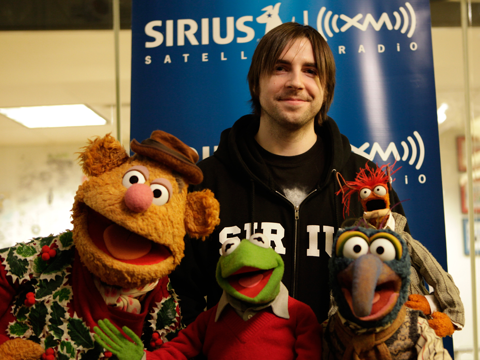 Mark Says Hi! w/ the Muppets (From left to right Fozzie, Kermit, Gonzo, & Pepe)  ...but you knew that.