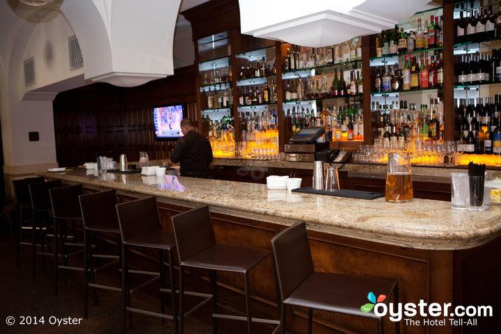 restaurants-bars--v770579-720.jpg