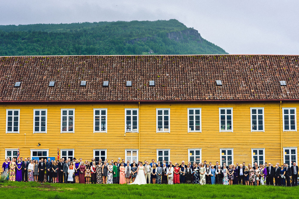 Eirik Halvorsen Andrine og Thomas Bryllup blog-48.jpg