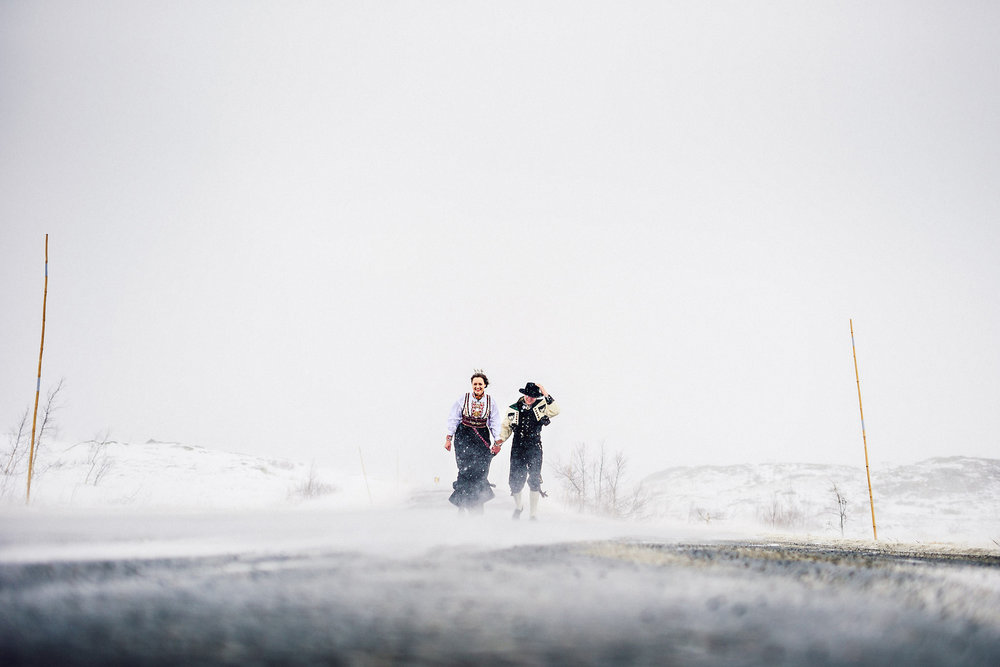 Norway wedding photographer elopement pre wedding Eirik Halvorsen-33.jpg