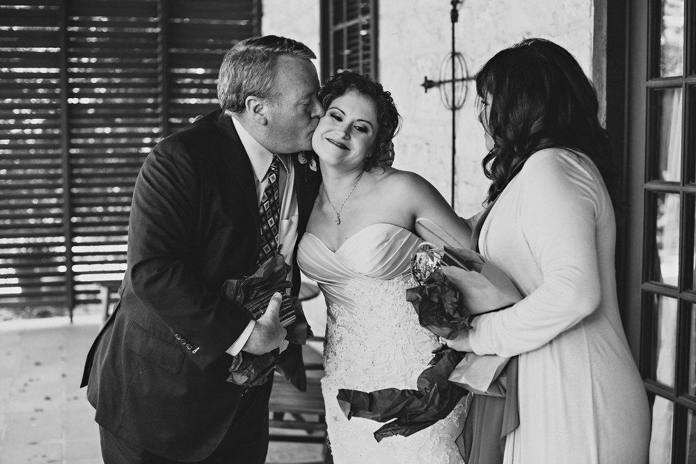 Eirik Halvorsen rustic wedding Fredericksburg Austin Texas wedding photographer-28.jpg