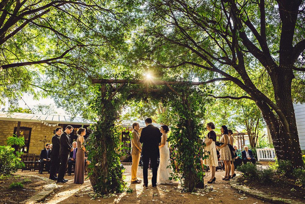 Eirik Halvorsen rustic wedding Fredericksburg Austin Texas wedding photographer-38.jpg