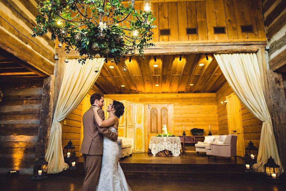 Eirik Halvorsen rustic wedding Fredericksburg Austin Texas wedding photographer-55.jpg