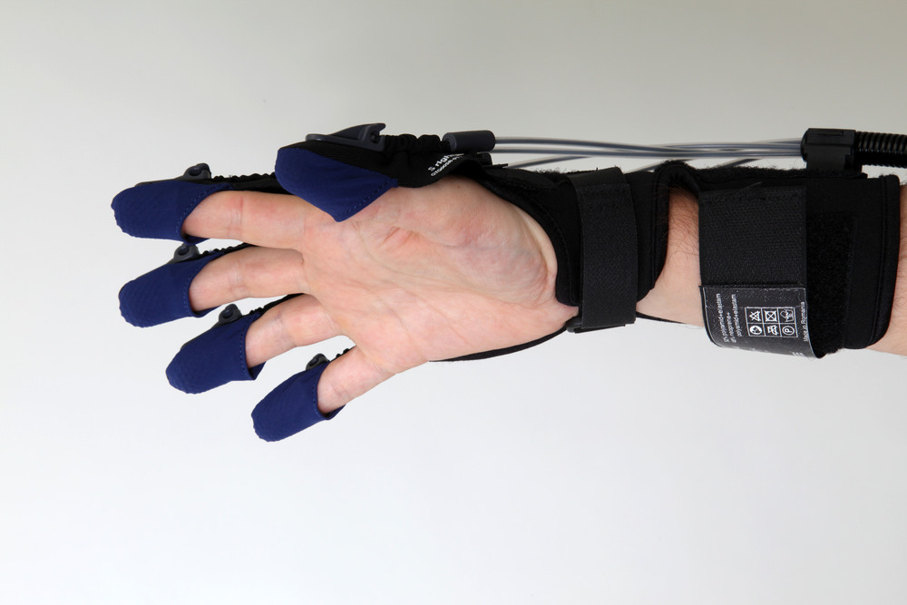 The gloreha glove leaves the palm free