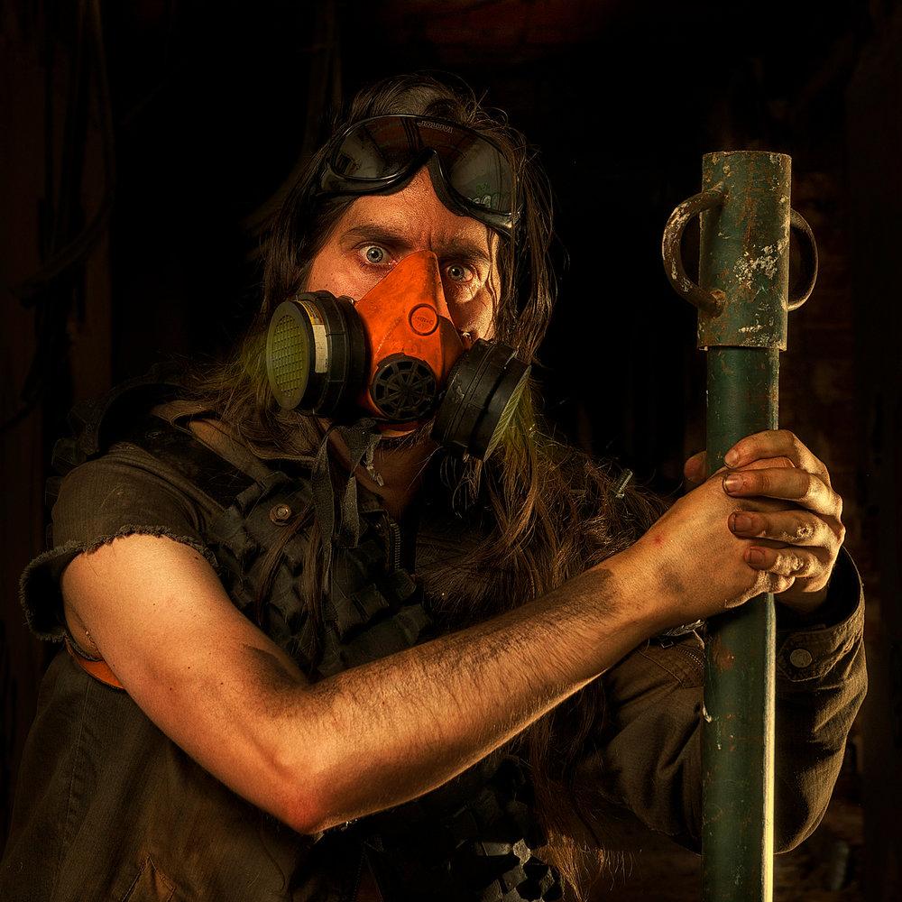 gas-mask-Mauro-Gonzalez-.jpg