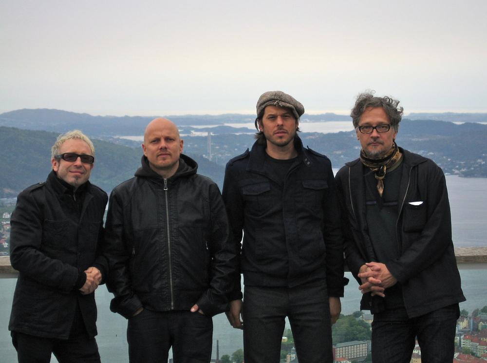 Scorch:  Mars Williams, Ingebrigt Håker Flaten ,Frank Rosaly, Raoul Björkenheim