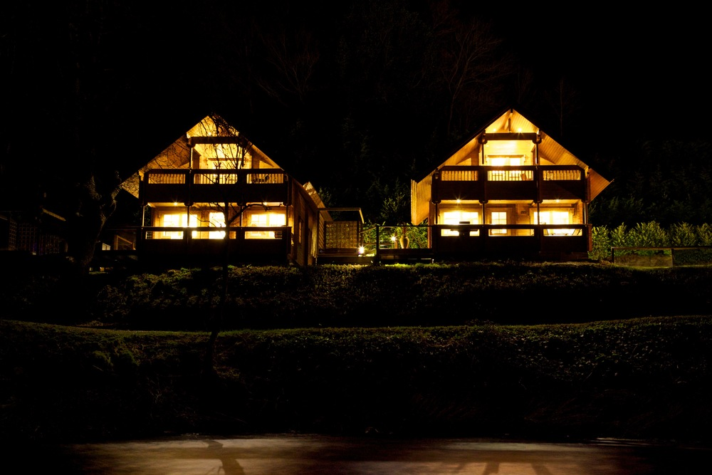 Welcome to   Coed-Y-Glyn Log Cabins    Oak Lodge