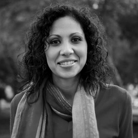Leslie Olan UDEM Directora de Departamento de Diseño Industrial y de Ingeniería en Innovación Sustentable y Energía. http://www.udem.edu.mx