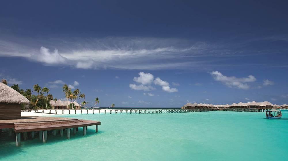 halaveli maldives 3.jpg