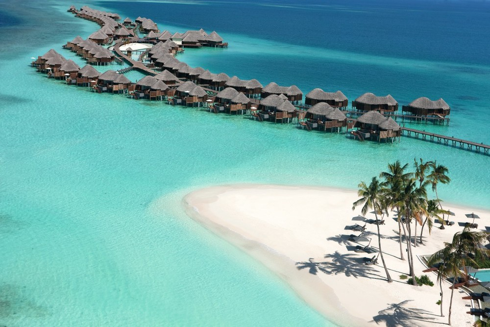 halaveli maldives 6.jpg