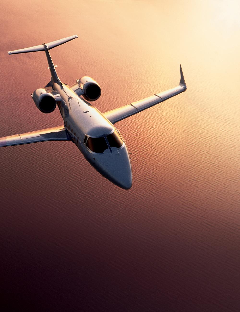 luxury jet 3.jpg